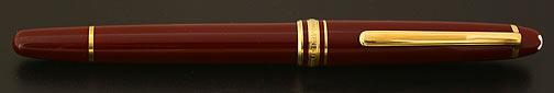 montblanc-classique-144-bordeaux-burgundy-fountain-pen-1