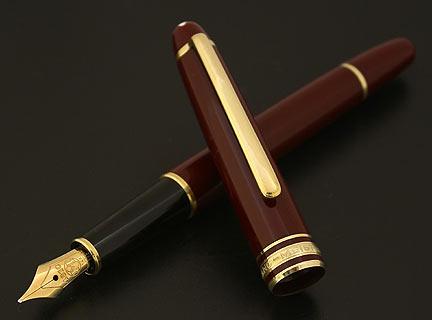 montblanc-classique-144-bordeaux-burgundy-fountain-pen-2