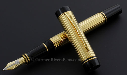 Parker Duofold International Flat Top Godron Gold Fountain Pen